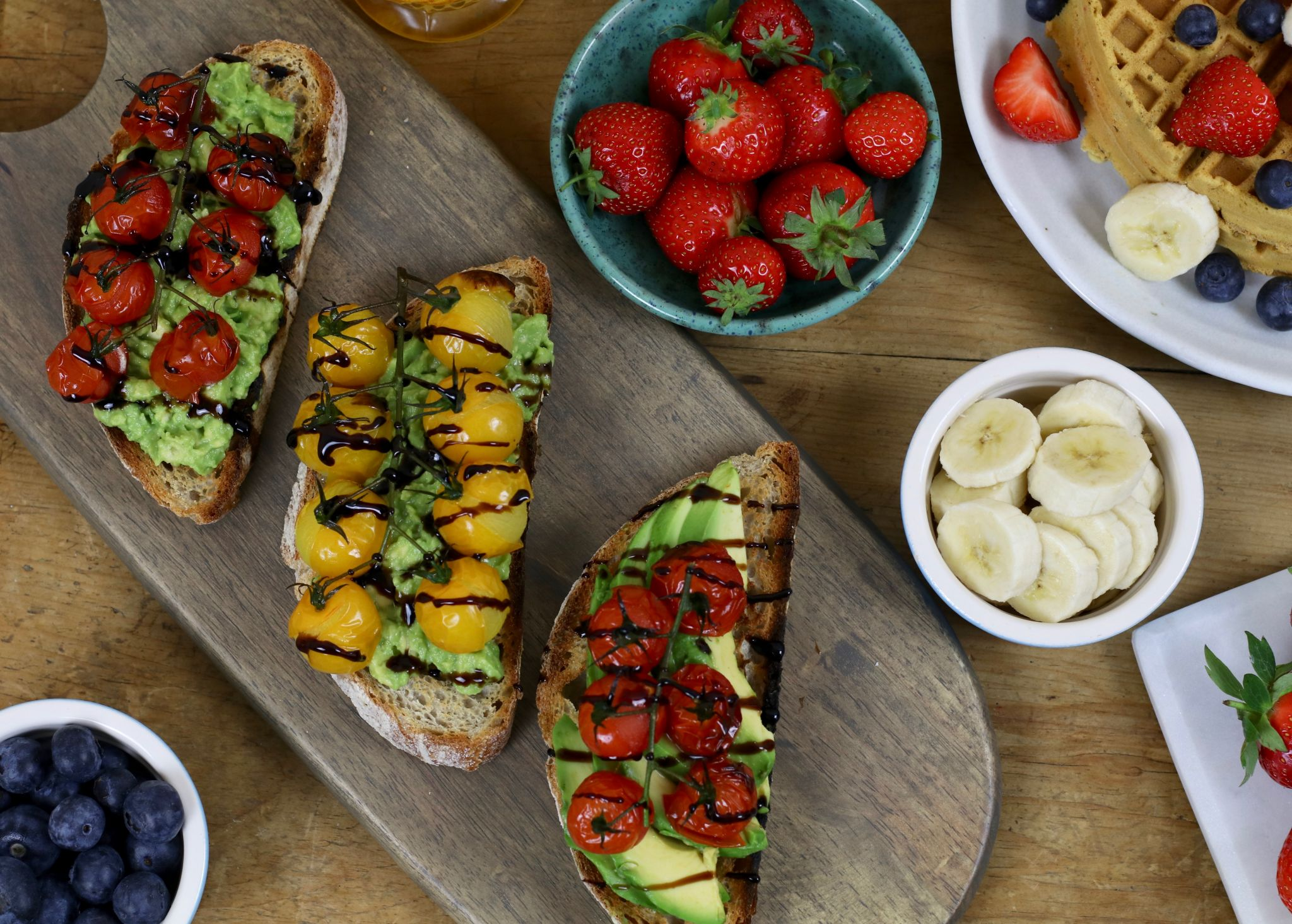 Brunch club at home - avocado toast