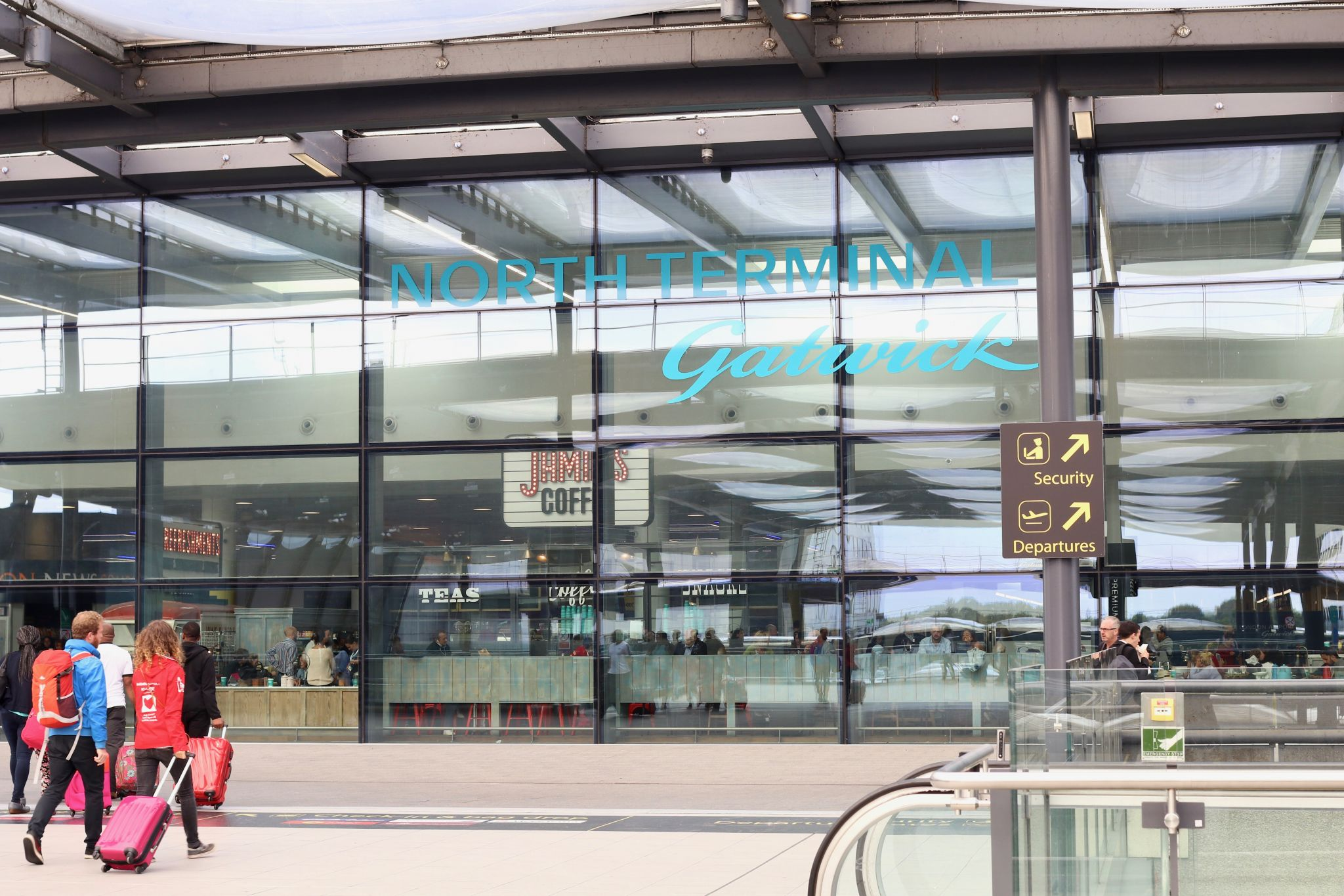 Gatwick airport North terminal - how to have a stress free airport experience
